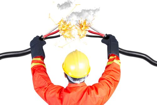 Evite erros comuns durante a sua instalação elétrica