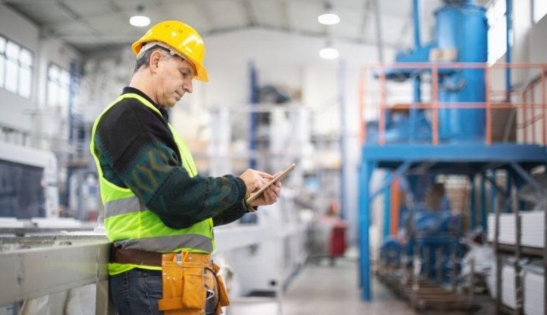 Cuidados essenciais com a instalação elétrica industrial